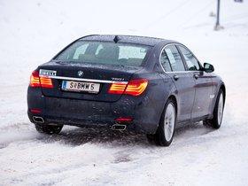 Ver foto 3 de BMW Serie 7 750i xDrive F01 2008
