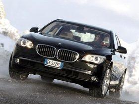 Ver foto 1 de BMW Serie 7 750i xDrive F01 2008