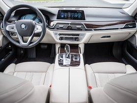 Ver foto 12 de BMW Serie 7 750i xDrive G11 USA 2015