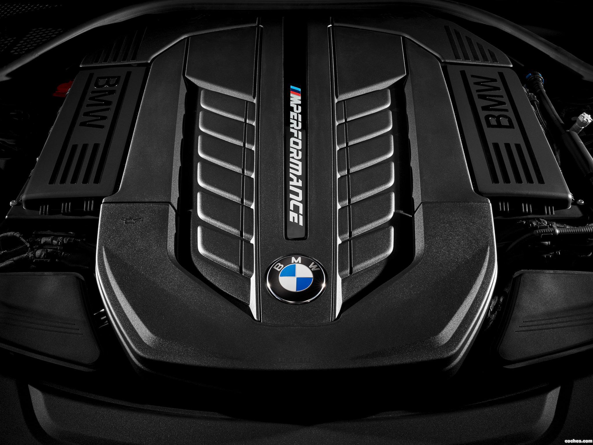 Foto 9 de BMW M760Li xDrive G12 2016