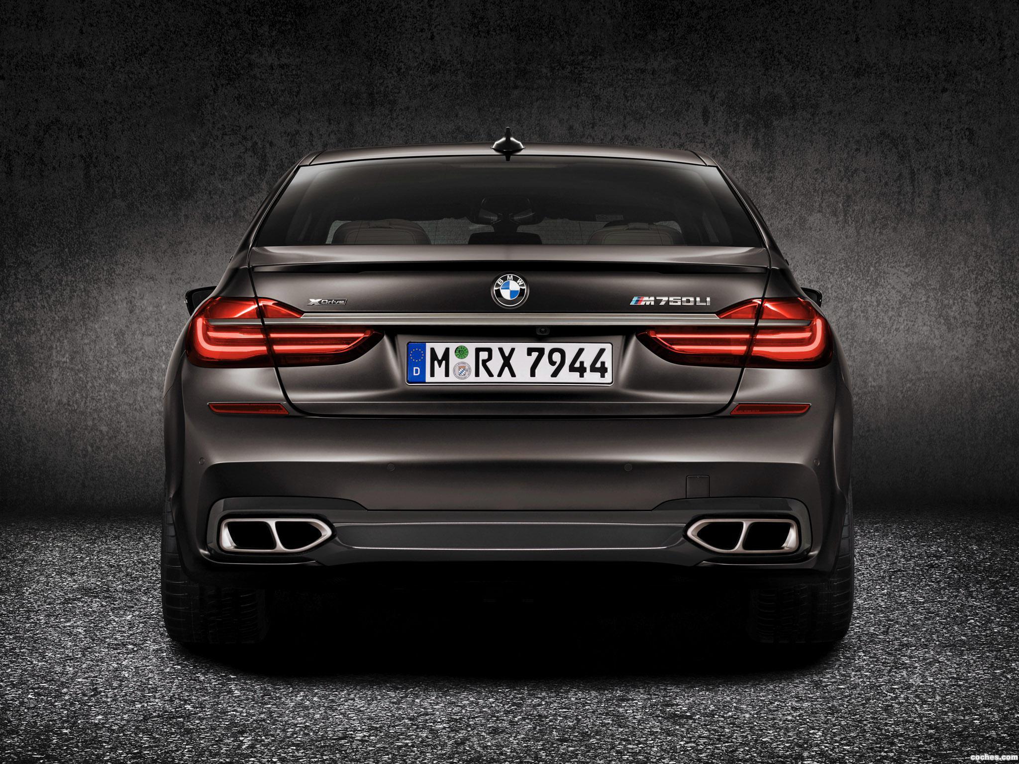 Foto 8 de BMW M760Li xDrive G12 2016