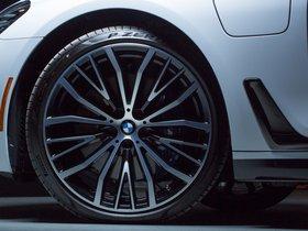 Ver foto 7 de BMW Serie 7 740e M Performance Accessories G11 USA 2016