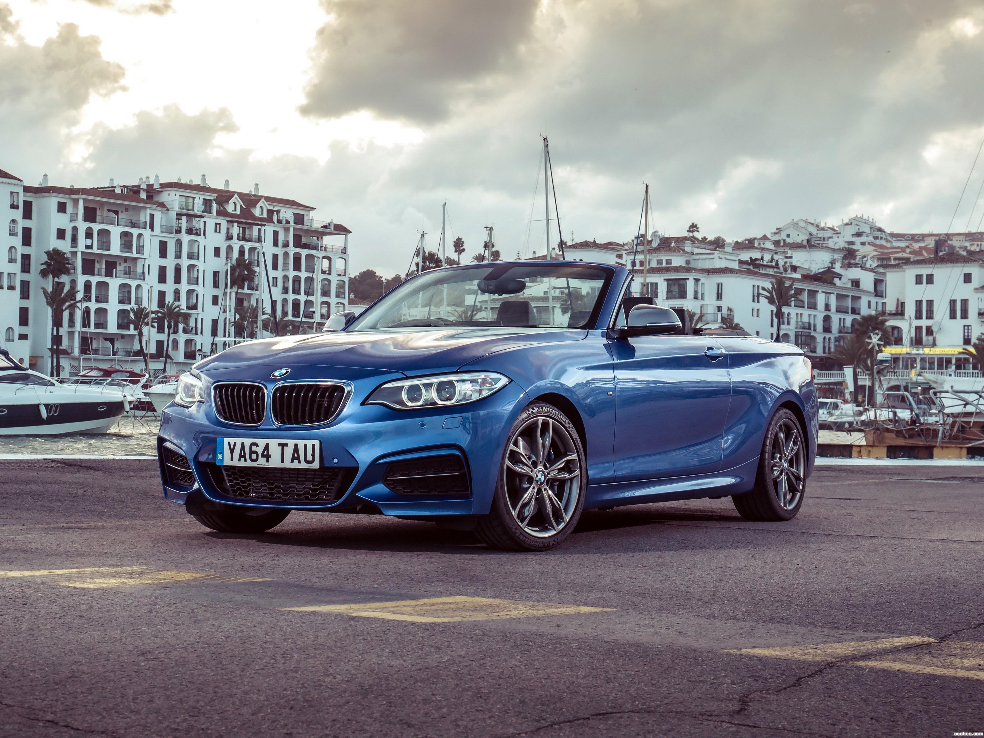 Foto 0 de BMW M235i Cabrio F23 UK 2015