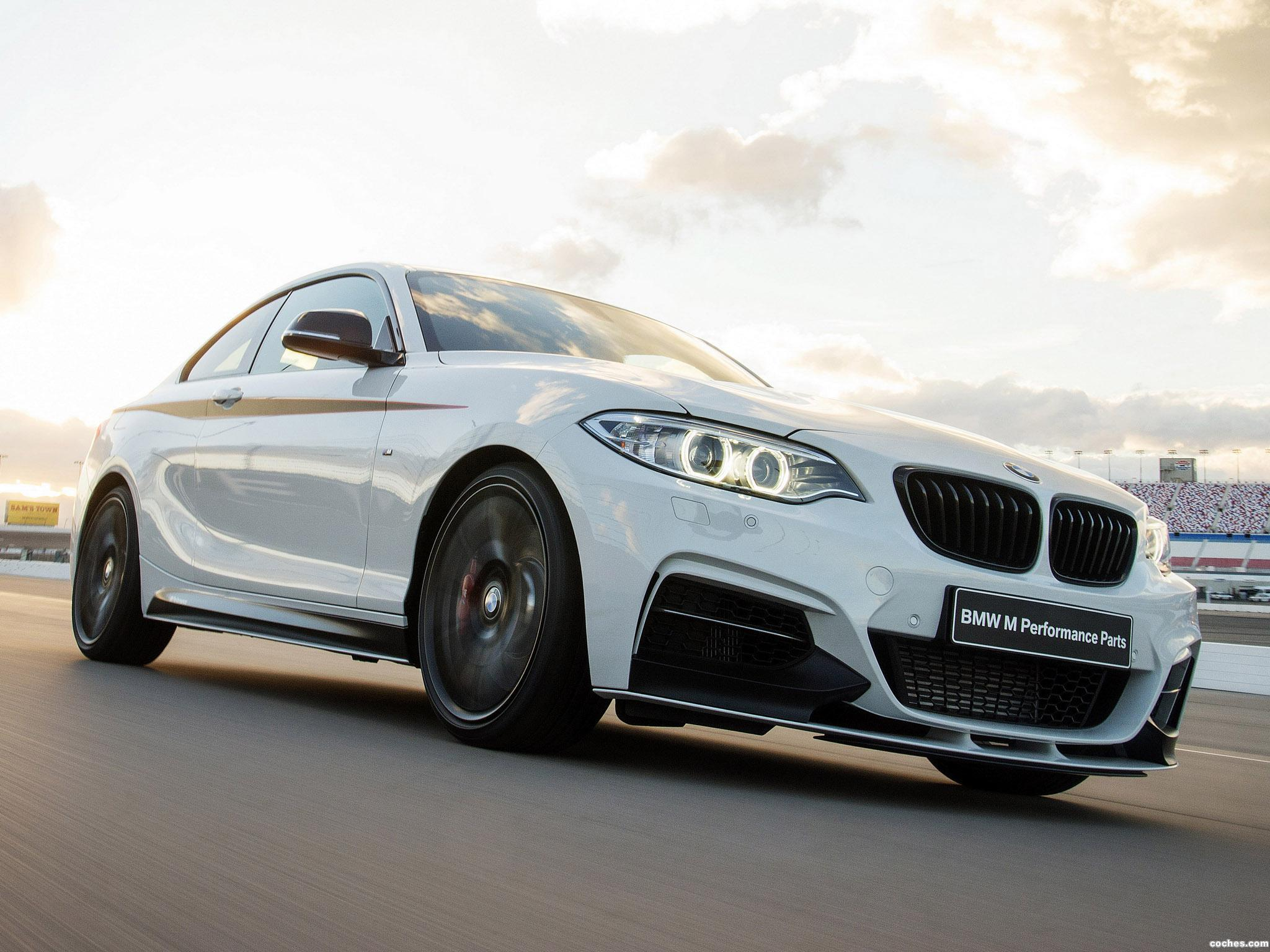 Foto 0 de BMW Serie 2 Coupe M235i M Performance Accessories F22 2014