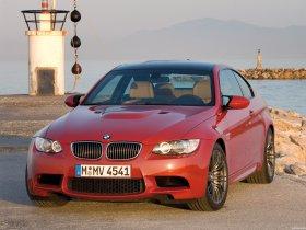 Ver foto 7 de BMW M3 Coupe 2007