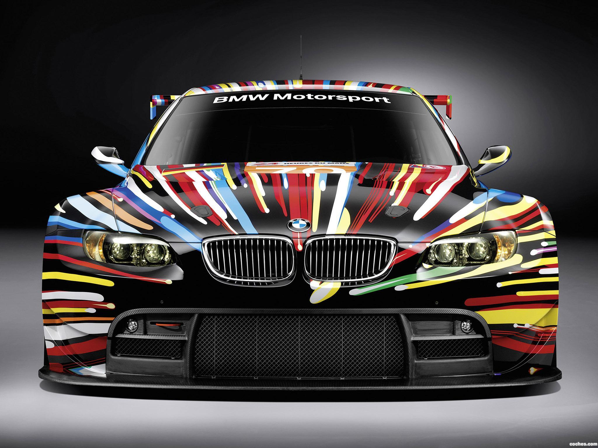Foto 0 de BMW M3 GT2 Art Car by Jeff Koons 2010