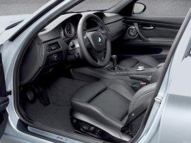 Ver foto 15 de BMW M3 Sedan 2007