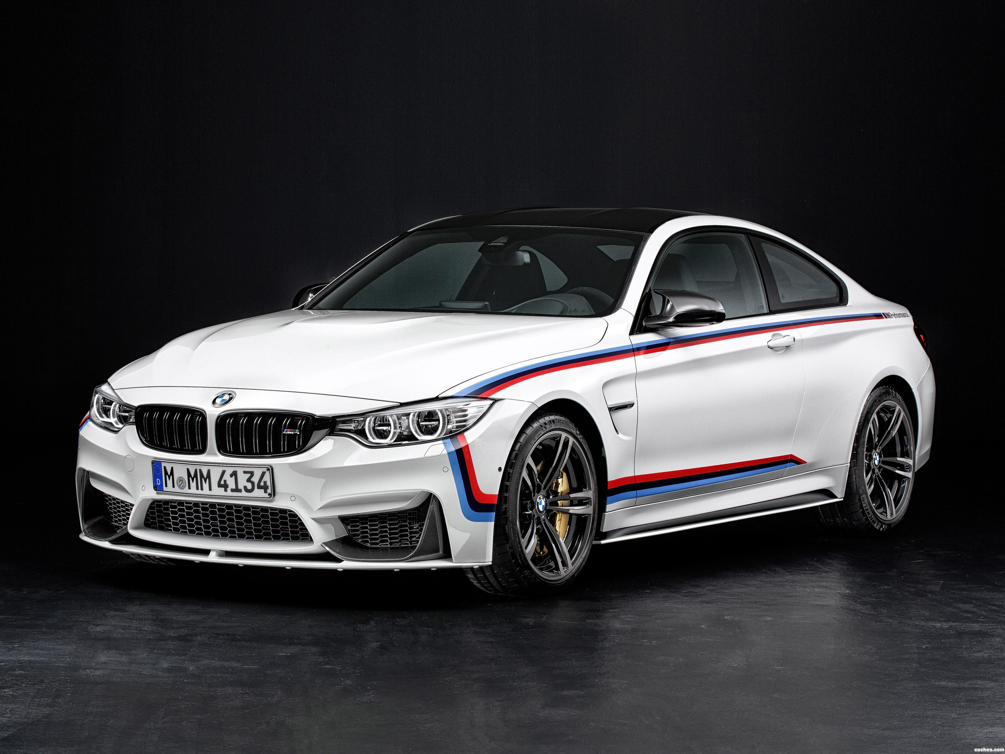 Foto 0 de BMW M4 Coupe M Performance Accessories F82 2014