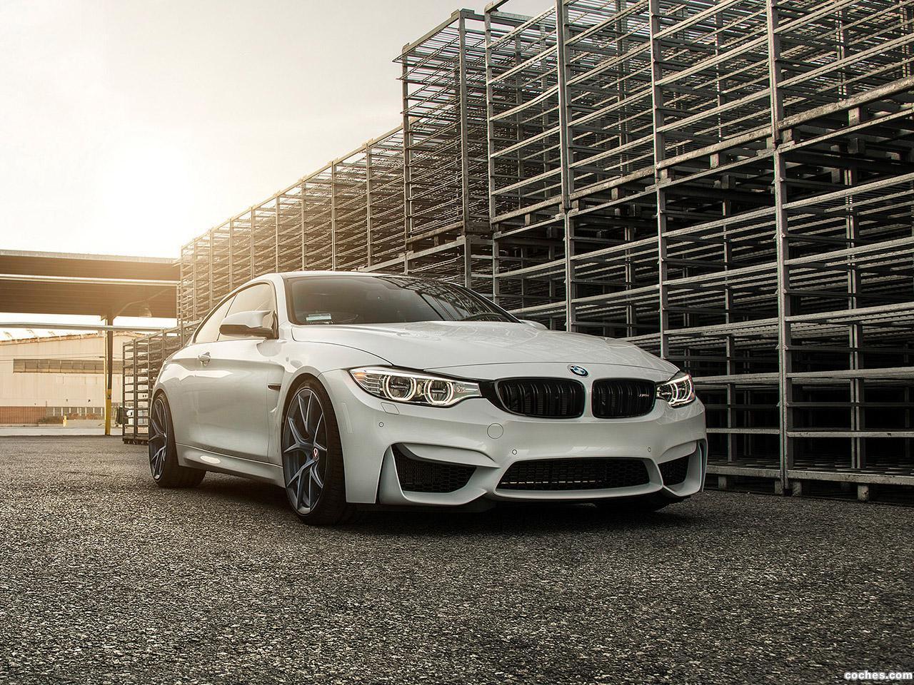 Foto 0 de BMW M4 Klassen Midnight Frost M52R Wheels 2015