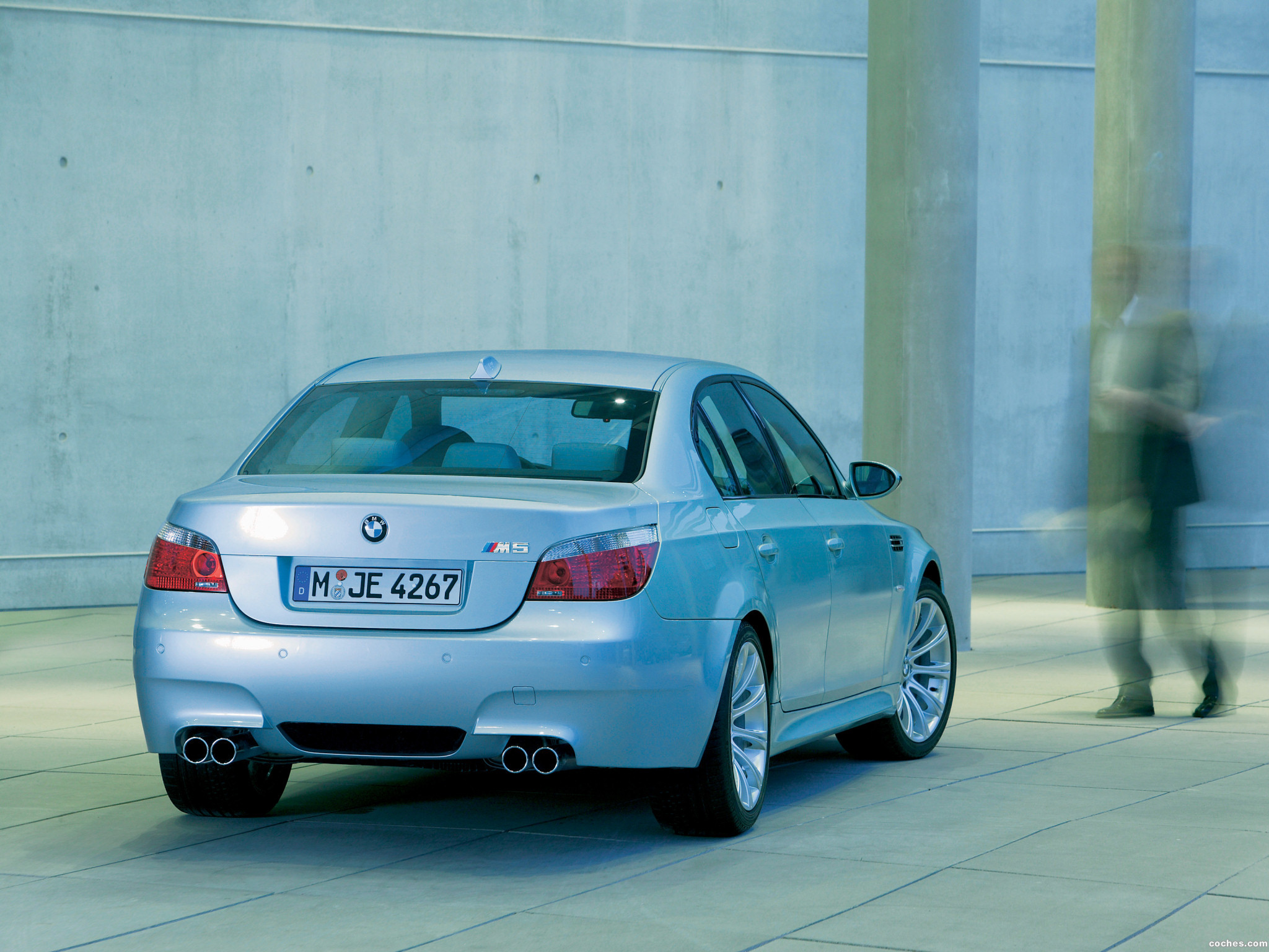 Foto 9 de BMW M5 2004