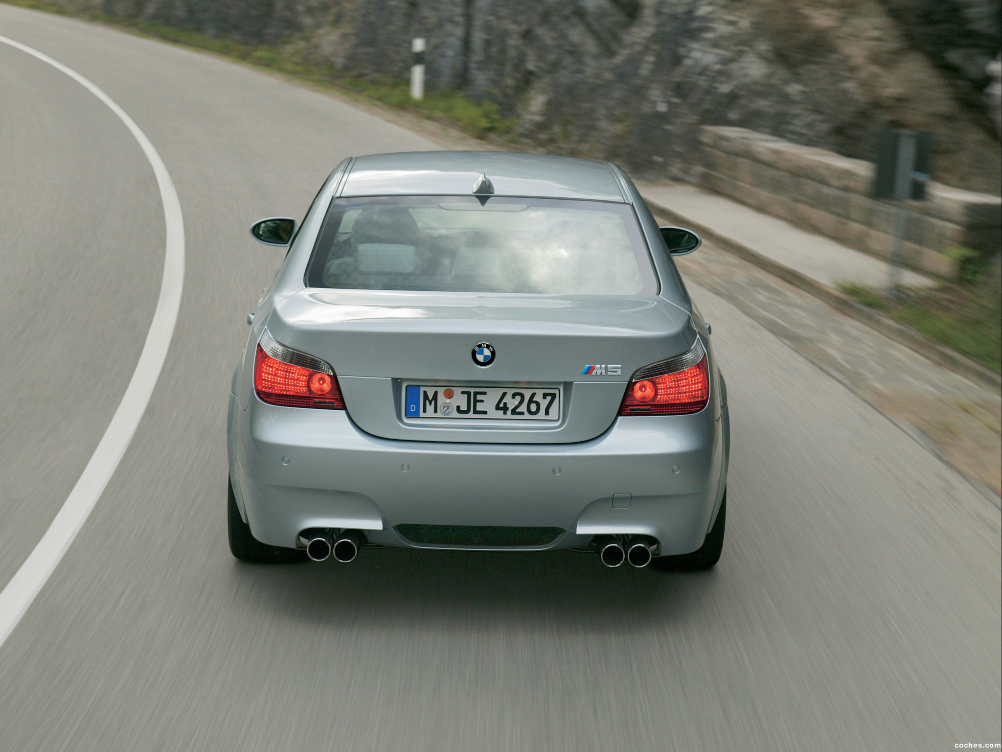 Foto 22 de BMW M5 2004
