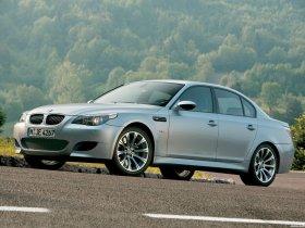 Ver foto 16 de BMW M5 2004