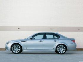Ver foto 12 de BMW M5 2004