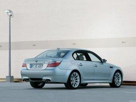 Ver foto 11 de BMW M5 2004