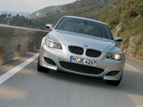Ver foto 25 de BMW M5 2004