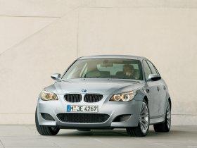 Ver foto 4 de BMW M5 2004