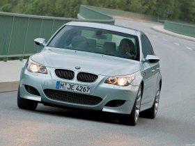 Ver foto 3 de BMW M5 2004