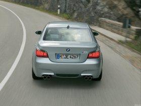 Ver foto 23 de BMW M5 2004