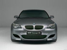 Ver foto 3 de BMW M5 Concept 2004