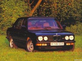 Ver foto 2 de BMW M5 E28 1985