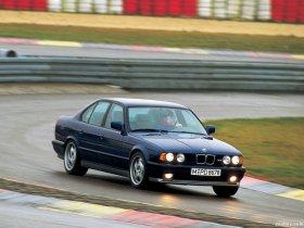 Ver foto 8 de BMW M5 Sedan E34 1988