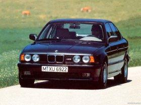 Ver foto 5 de BMW M5 Sedan E34 1988