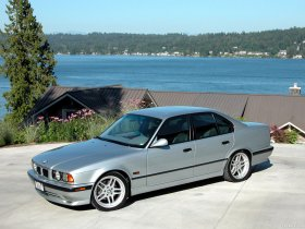 Ver foto 4 de BMW M5 Sedan E34 1994