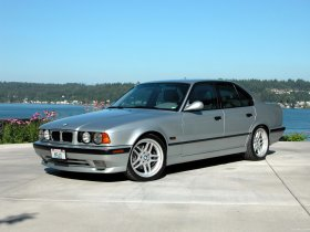 Ver foto 3 de BMW M5 Sedan E34 1994