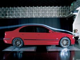 Ver foto 22 de BMW M5 Sedan E39 1998