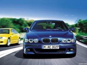 Ver foto 13 de BMW M5 Sedan E39 1998