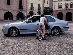 Ver foto 10 de BMW M5 Sedan E39 1998