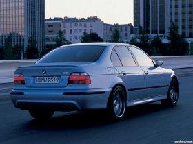 Ver foto 8 de BMW M5 Sedan E39 1998