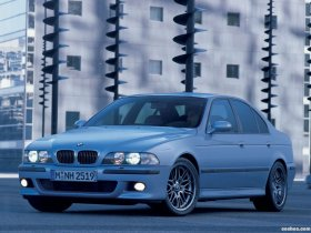 Ver foto 6 de BMW M5 Sedan E39 1998