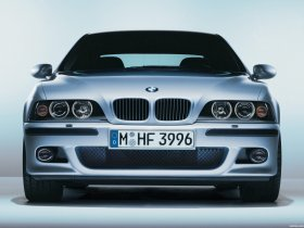 Ver foto 18 de BMW M5 Sedan E39 1998