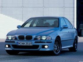 Ver foto 17 de BMW M5 Sedan E39 1998