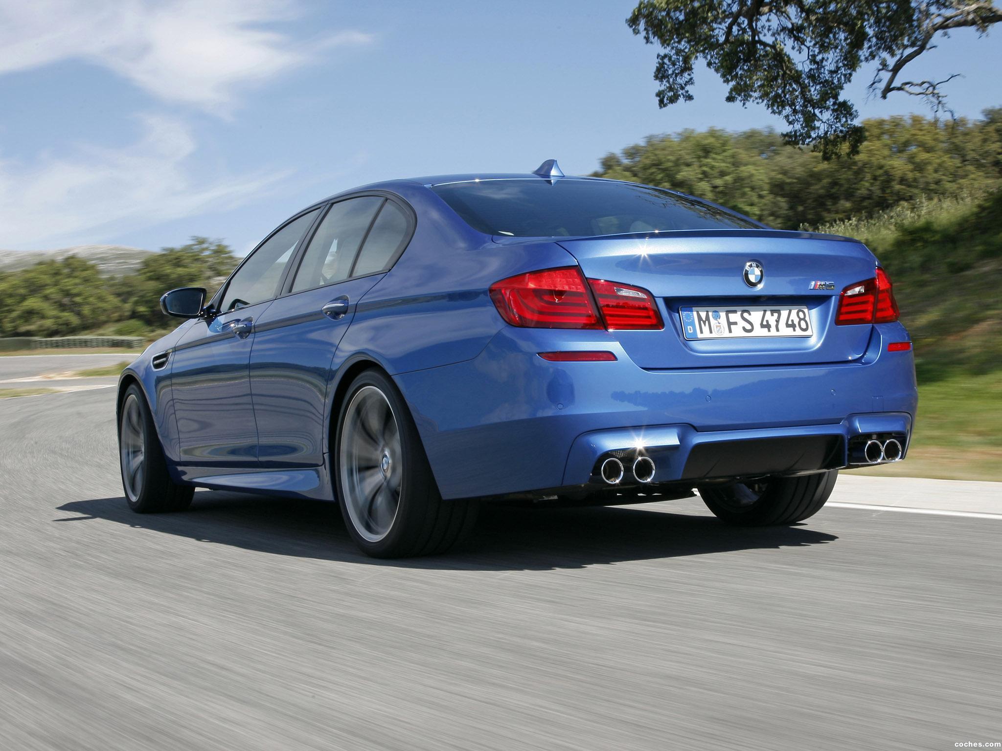 Foto 12 de BMW M5 Sedan F10 2011
