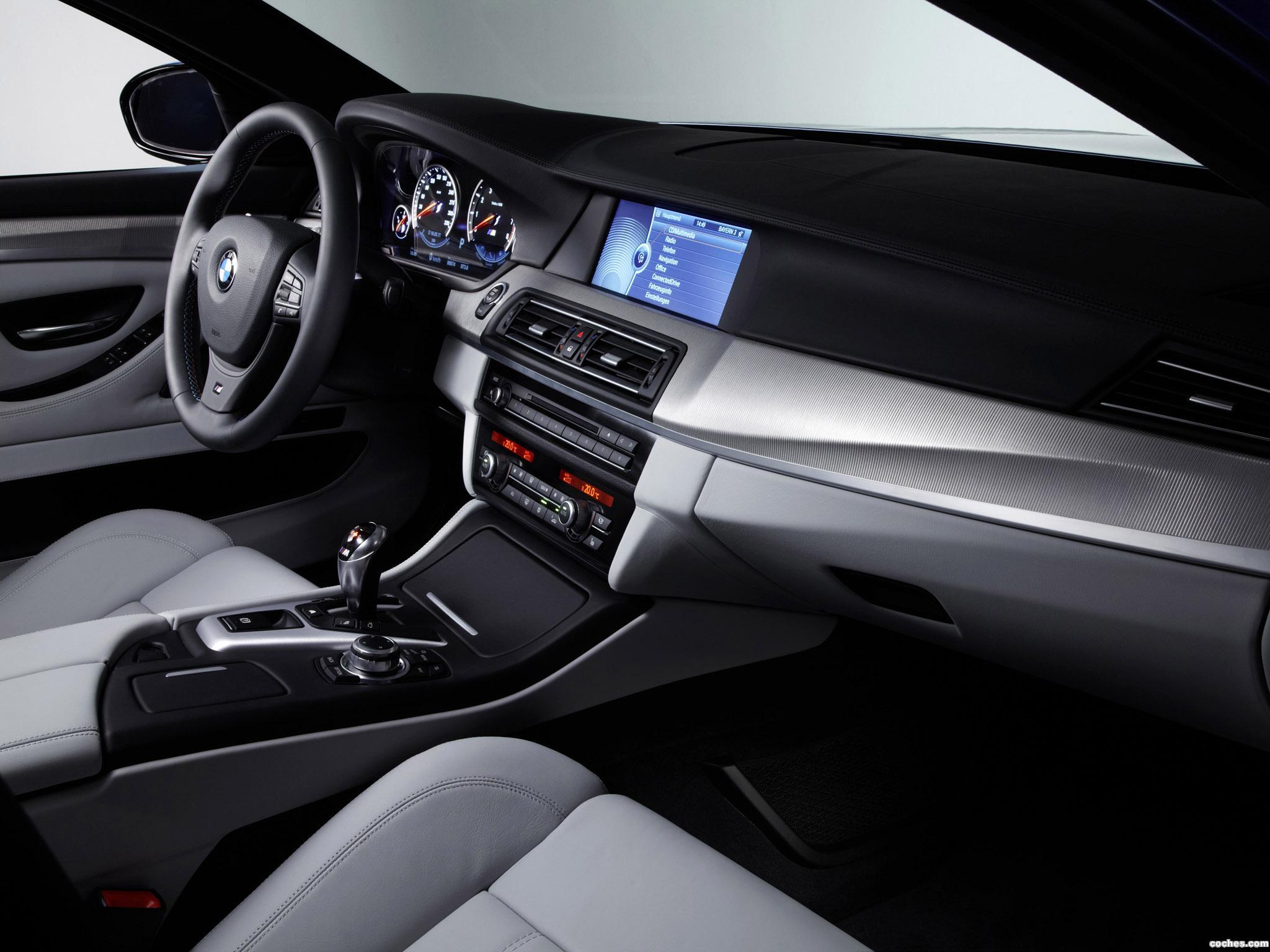 Foto 28 de BMW M5 Sedan F10 2011