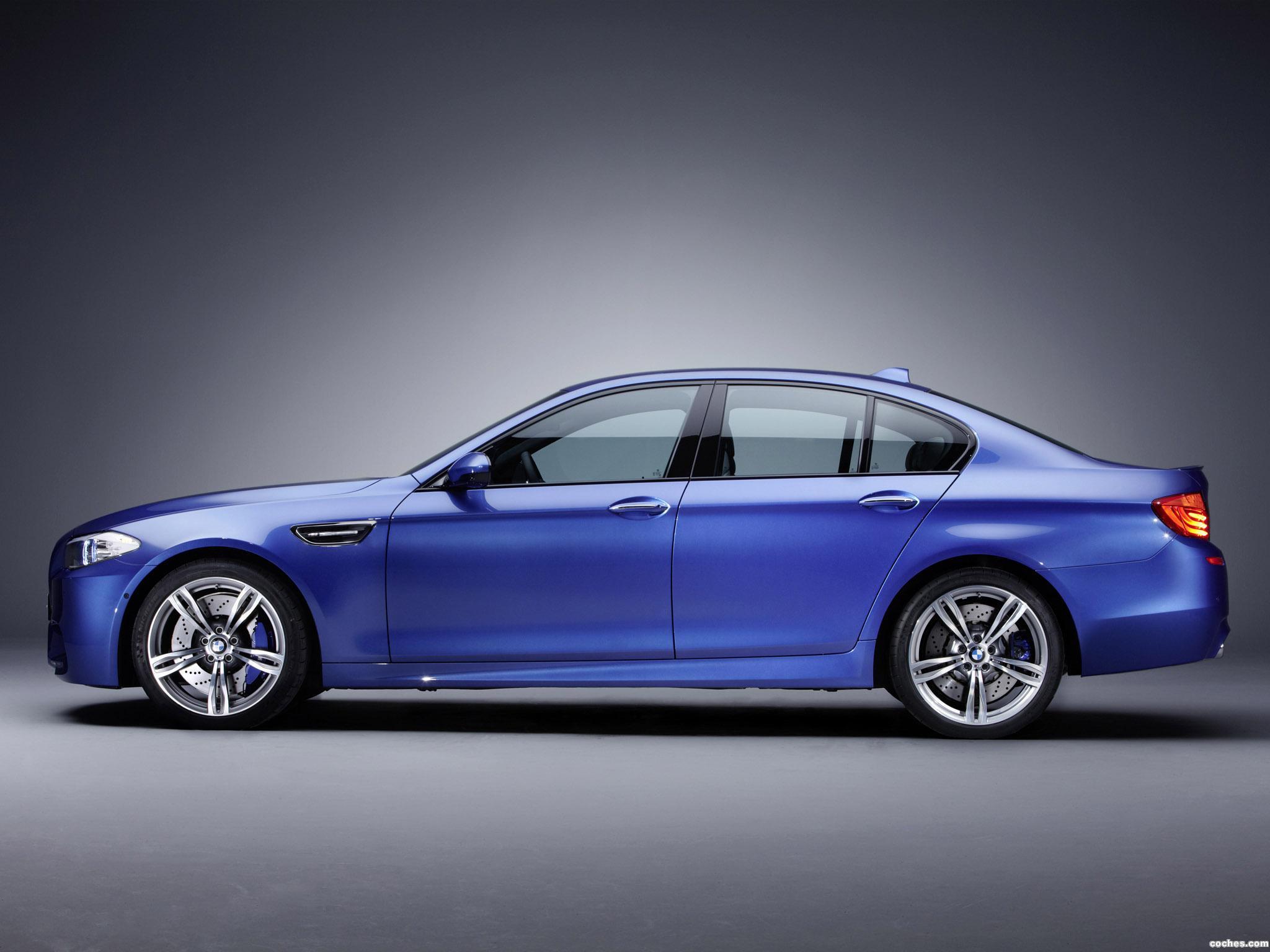 Foto 4 de BMW M5 Sedan F10 2011