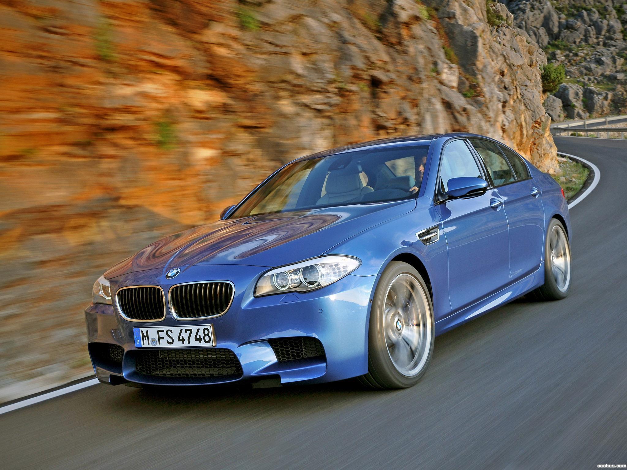 Foto 2 de BMW M5 Sedan F10 2011