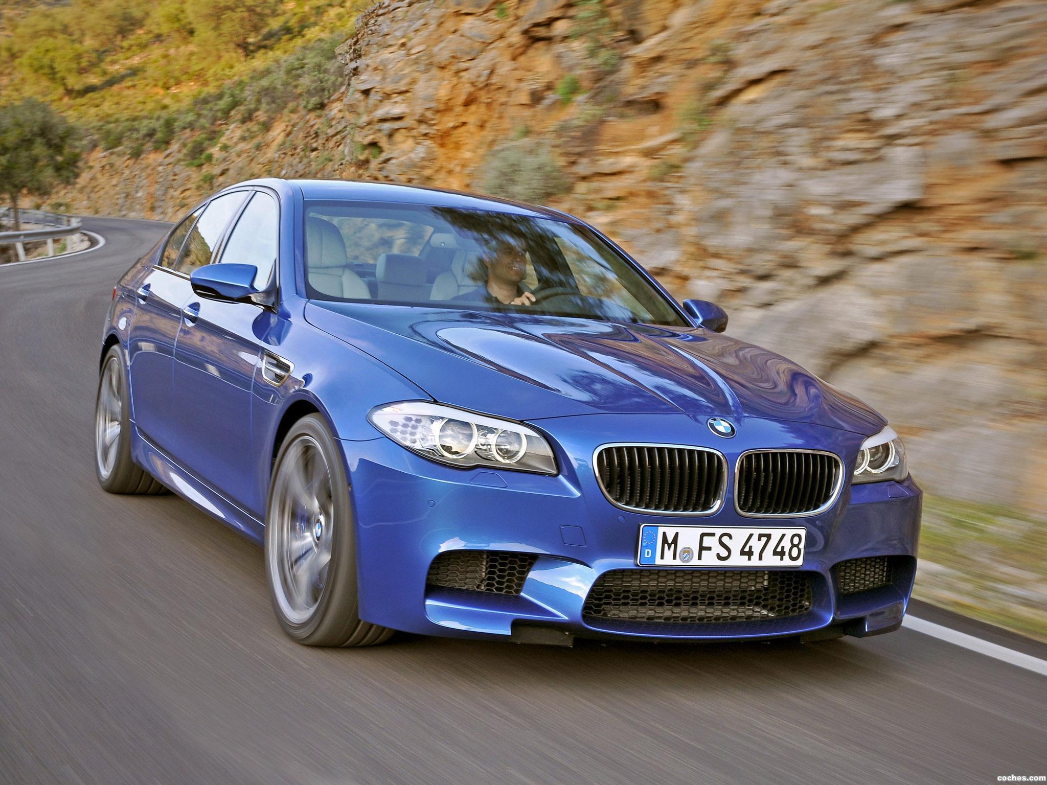 Foto 1 de BMW M5 Sedan F10 2011