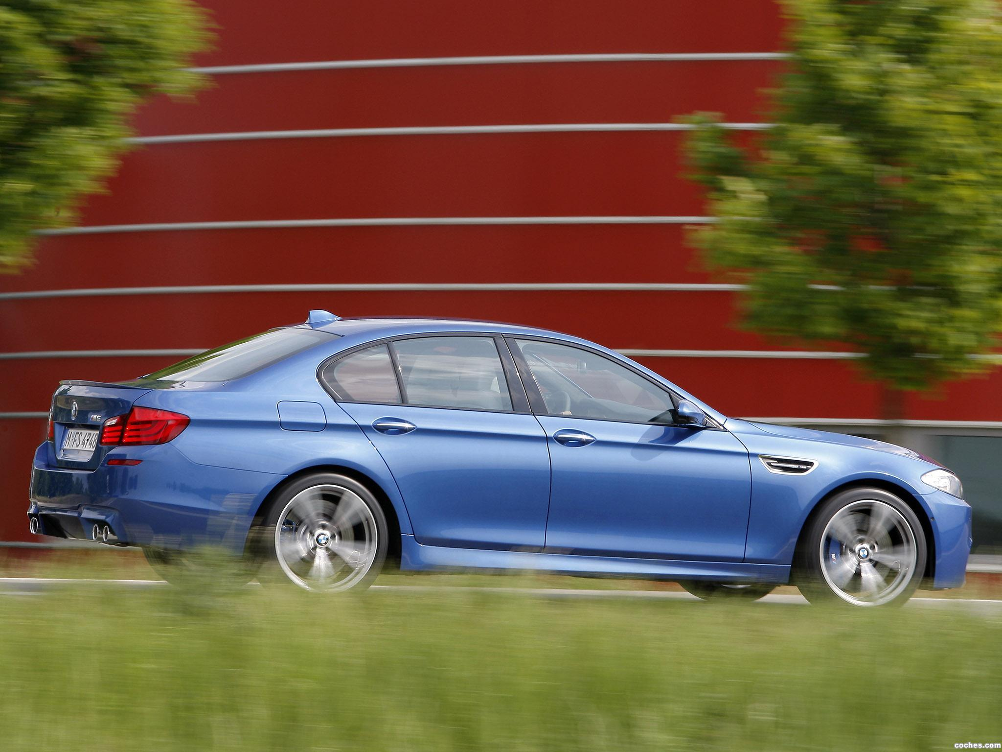 Foto 32 de BMW M5 Sedan F10 2011