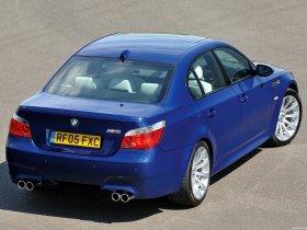 Ver foto 4 de BMW M5 Sedan UK E60 2004