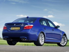 Ver foto 7 de BMW M5 Sedan UK E60 2004