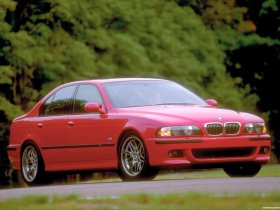 Ver foto 11 de BMW M5 Sedan USA E39 1998