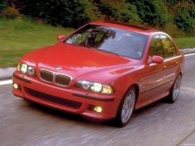 Ver foto 10 de BMW M5 Sedan USA E39 1998