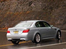 Ver foto 23 de BMW M5 Sedan USA E60 2004