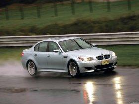 Ver foto 19 de BMW M5 Sedan USA E60 2004