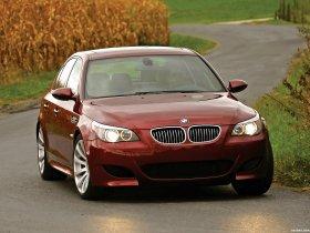 Ver foto 15 de BMW M5 Sedan USA E60 2004