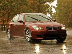 Ver foto 28 de BMW M5 Sedan USA E60 2004