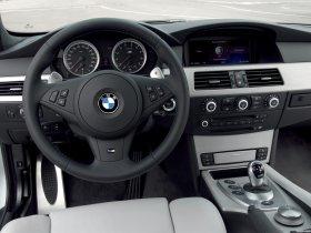 Ver foto 19 de BMW M5 Touring 2006